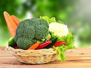 Фотография Овощи Морковка Корзинка Еда