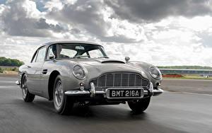 Обои Aston Martin Дороги Движение Серый Металлик DB5 Goldfinger Continuation, 2020 автомобиль