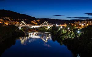 Картинки Испания Здания Речка Мосты В ночи Orense Galicia Города