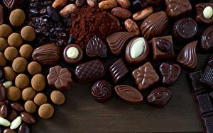 Картинки Сладости Конфеты Шоколад Еда