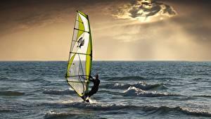 Картинки Море Мужчины Серфинг Спорт