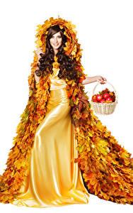 Картинка Осенние Яблоки Белый фон Шатенка Платье Дизайн Листья Корзинка Девушки