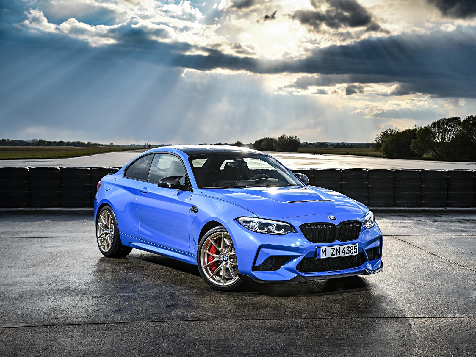 Фотография BMW 2019 M2 CS Worldwide голубая Металлик Автомобили 1600x1200 БМВ Голубой голубые голубых авто машины машина автомобиль