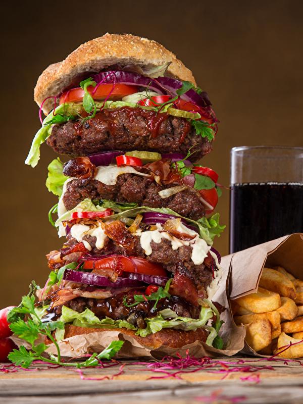 Обои Гамбургер Картофель фри Стакан Быстрое питание Продукты питания Напитки 600x800 стакана стакане Фастфуд Еда Пища