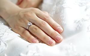 Фотографии Пальцы Вблизи Руки Кольцо