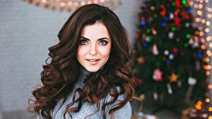Фотография Новый год Шатенка Волосы Взгляд Девушки