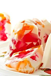 Фотография Сладости Десерт Желе Белый фон gelatin Продукты питания
