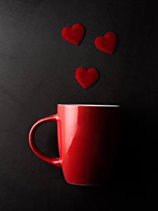 Фото День всех влюблённых Сером фоне Чашке Красная Сердечко Пища