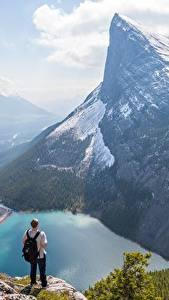 Фотография Горы Озеро Канада Мужчины Пейзаж Утес Снег Canadian Rocky Mountains