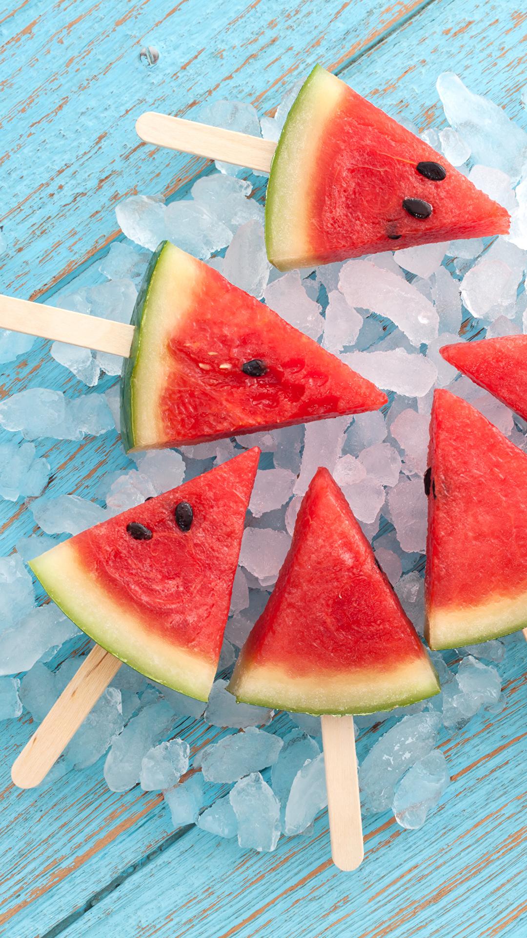 Обои для рабочего стола Лед Арбузы кусочки Пища 1080x1920 для мобильного телефона льда часть Кусок кусочек Еда Продукты питания