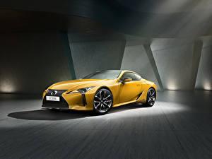 Картинки Лексус Желтая Металлик 2018 LC 500h  Yellow Edition Автомобили