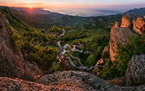 Фото Россия Рассветы и закаты Горы Пейзаж Деревья Khibiny Природа