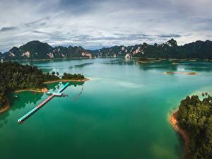 Картинки Таиланд Тропики Горы Пирсы Залива
