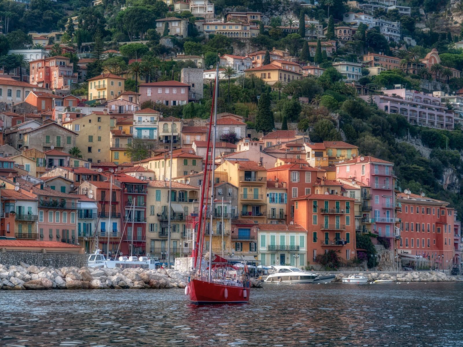 Картинка Франция French Riviera Villefranche-sur-Mer HDRI Яхта Побережье Дома город 1600x1200 HDR берег Города Здания