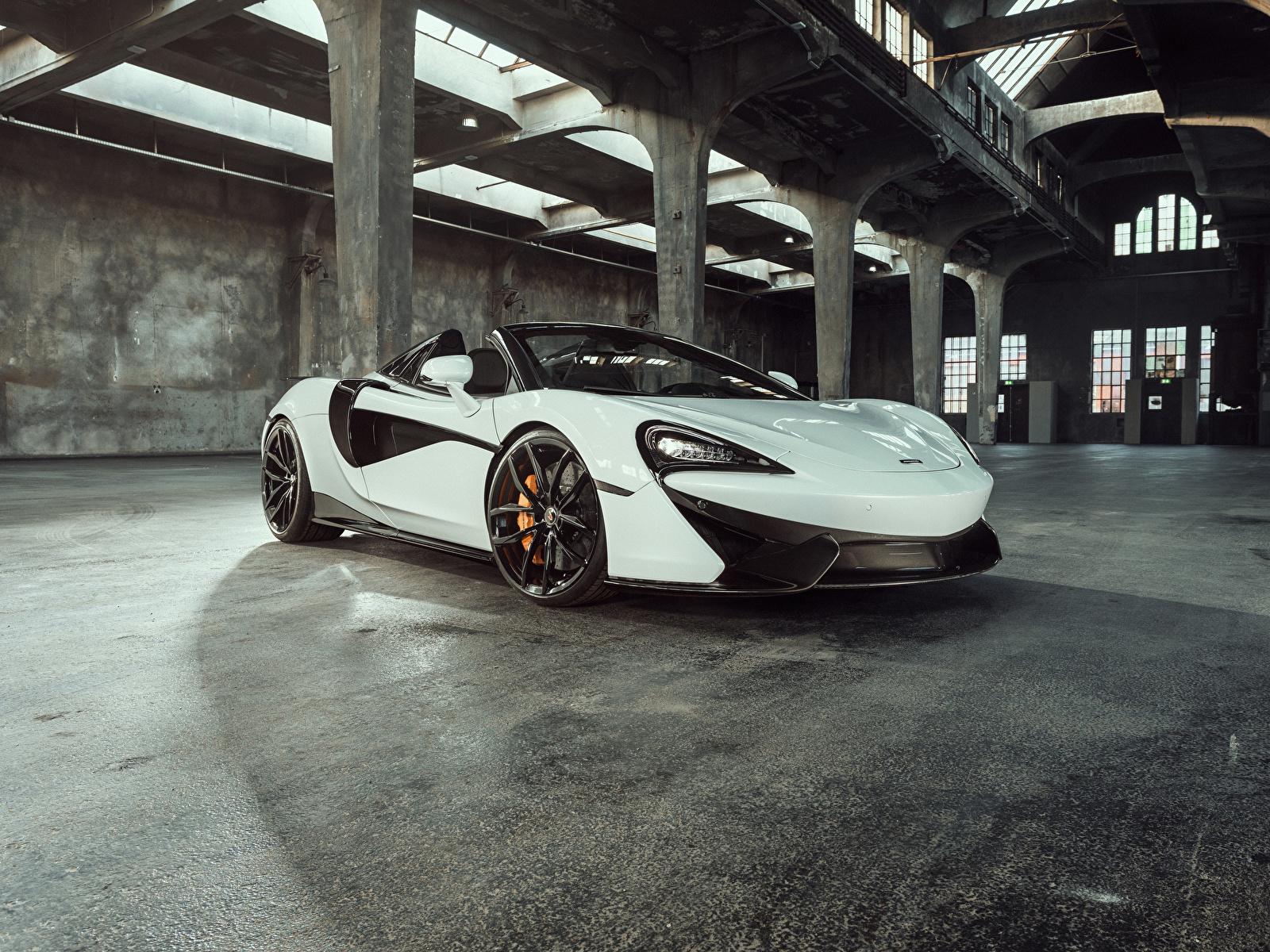 Фотография 2018 McLaren Senna Родстер белая Металлик Автомобили 1600x1200 Макларен белых белые Белый Авто Машины