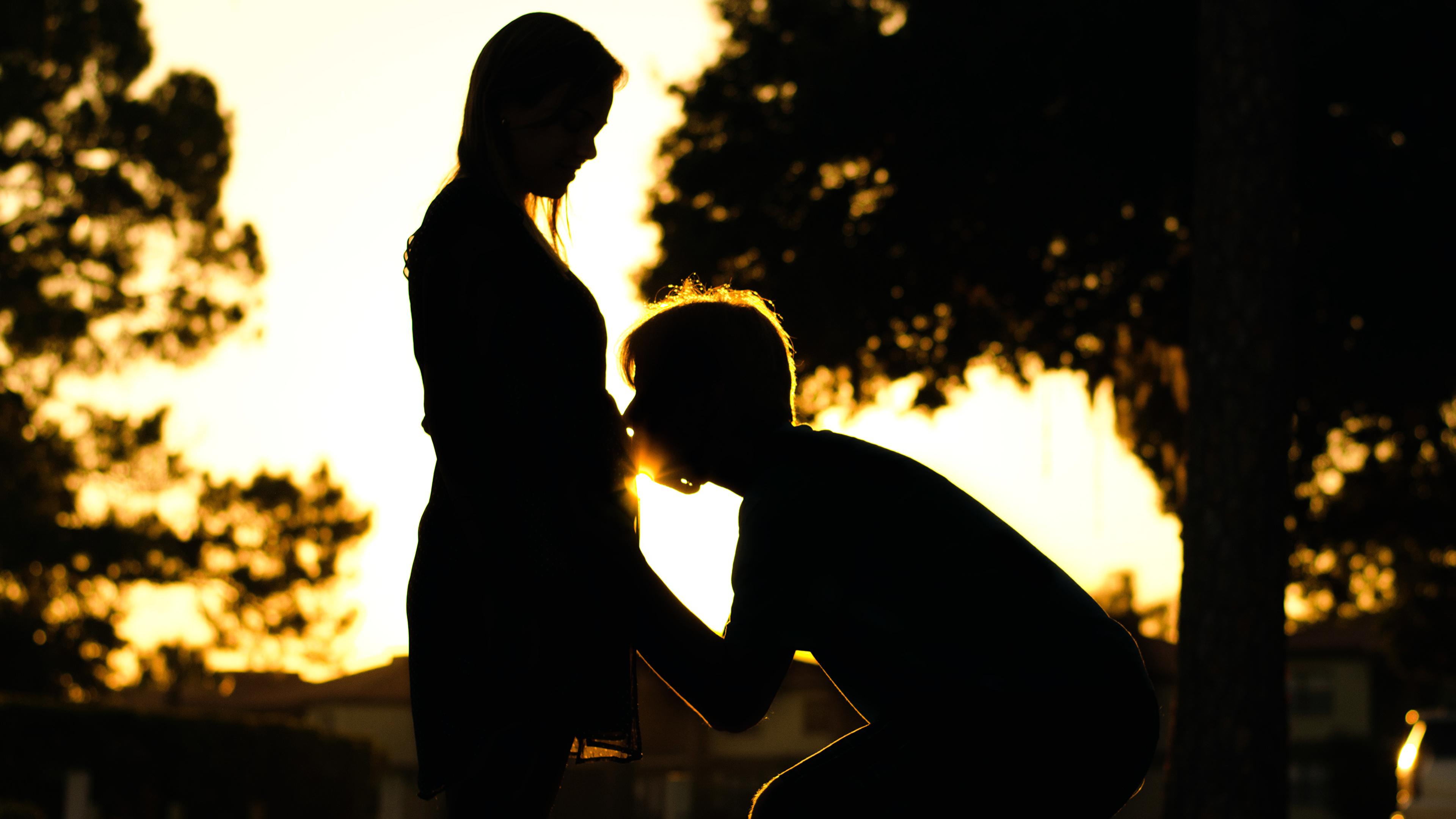 Обои для рабочего стола Влюбленные пары Радость Силуэт Девушки 3840x2160 любовники счастье радостная радостный счастливые счастливая счастливый силуэты силуэта девушка молодые женщины молодая женщина