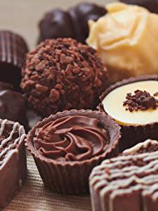 Обои Сладости Конфеты Шоколад Крупным планом Еда