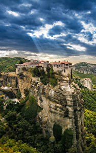Фотографии Греция Здания Скала Kalampaka