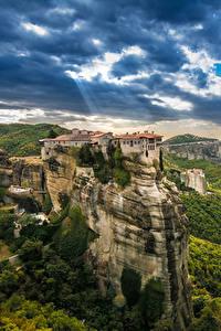 Фотографии Греция Здания Скала Kalampaka город