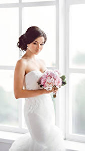 Картинки Букет Шатенки Невеста Платье