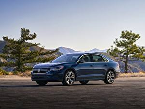 Фотографии Volkswagen Синие Металлик Седан Passat, 2020, 2019, US Version Автомобили