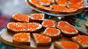 Картинка Бутерброды Хлеб Морепродукты Икра Пища