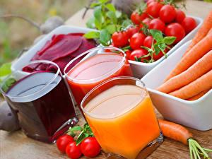 Фотографии Сок Овощи Томаты Морковь Стакан Три Еда
