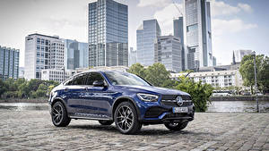 Фото Mercedes-Benz Синих Купе Металлик 2019 GLC 300 4MATIC AMG Line Coupé Worldwide Автомобили