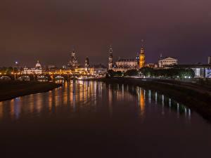 Фотография Германия Дрезден Здания Речка Мосты Ночные Города