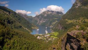 Фотография Норвегия Горы Пристань Дома Залив Geirangerfjord