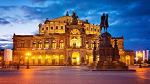 Фотография Германия Дрезден Дома Памятники Вечер Городская площадь Уличные фонари