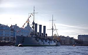 Картинки Реки Корабли Россия Санкт-Петербург Cruiser Aurora Города