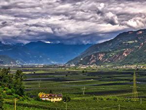 Фотография Италия Гора Поля Пейзаж Облака Bolzano Природа