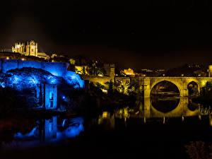 Обои Толедо Испания Здания Река Мосты В ночи город