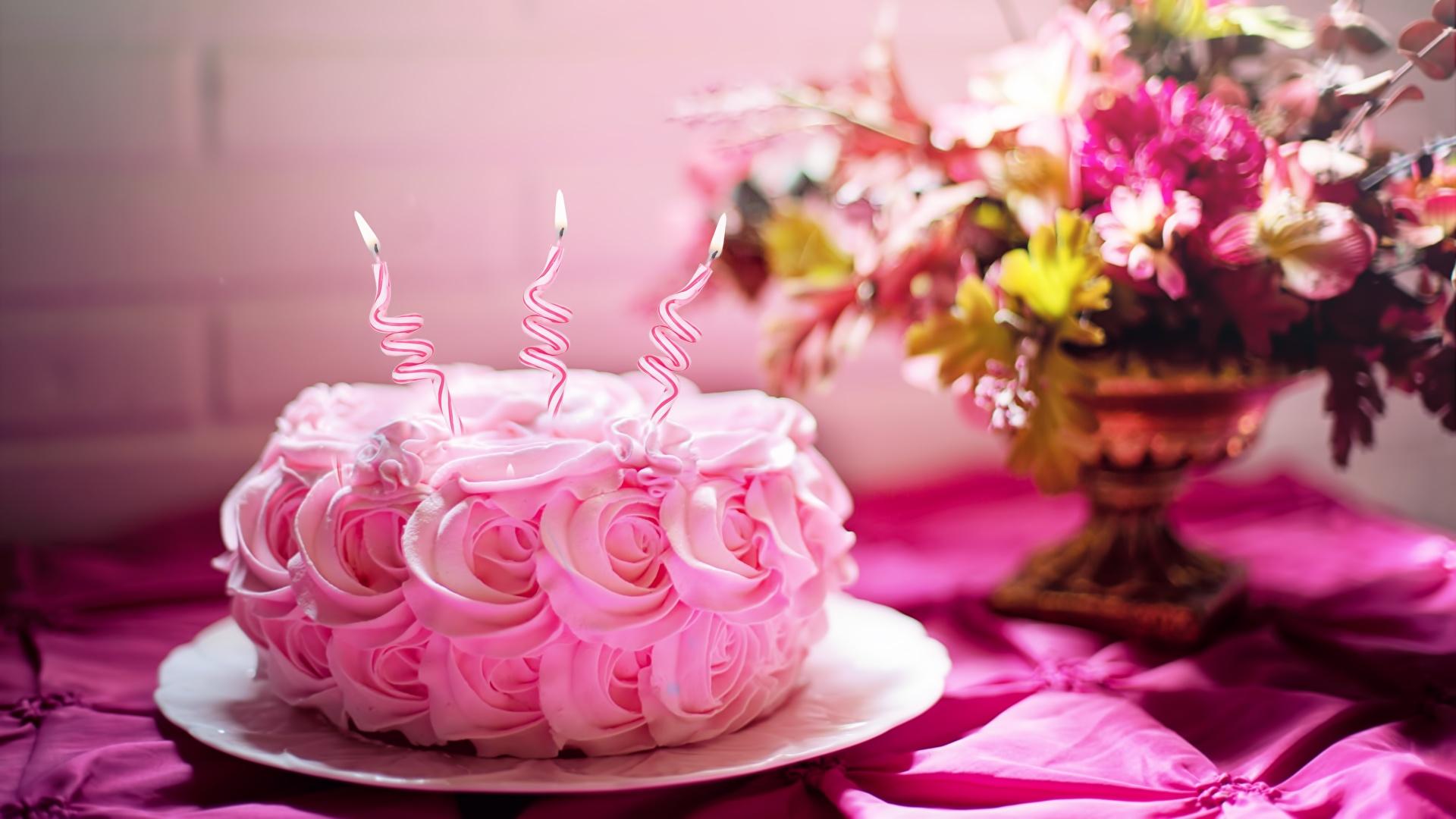 Фотографии День рождения роза Торты розовая Огонь Еда Свечи 1920x1080 Розы розовых Розовый розовые пламя Пища Продукты питания