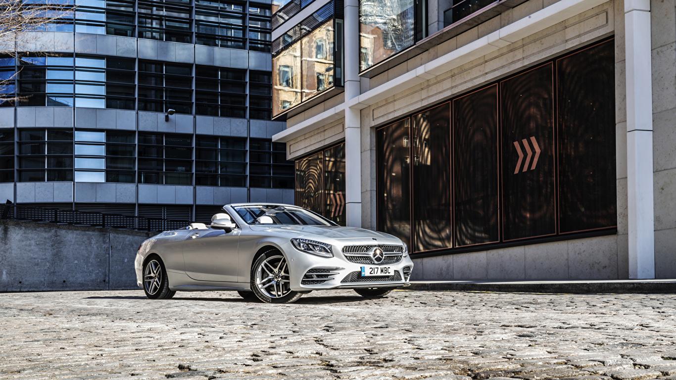 Картинки Mercedes-Benz 2018-19 S 560 Cabriolet AMG Line Кабриолет серебристая машины 1366x768 Мерседес бенц кабриолета серебряный серебряная Серебристый авто машина автомобиль Автомобили