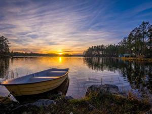 Картинки Швеция Реки Рассветы и закаты Лодки Dalarna