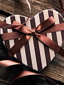 Картинки День всех влюблённых Доски Подарки Серце Бантики