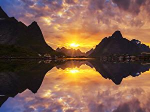 Фотография Норвегия Гора Рассветы и закаты Дома Залив