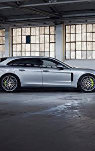 Картинка Porsche Металлик Сбоку Серебристый Panamera 4 E-Hybrid Sport Turismo, 2020 Автомобили