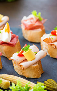 Фото Бутерброды Колбаса Хлеб Ветчина Пища