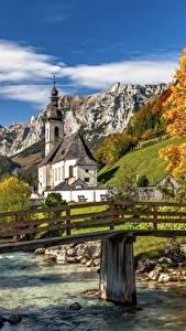 Обои для рабочего стола Реки Мост Гора Осенние Германия Церковь Бавария St. Sebastian, Ramsau Природа