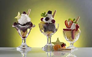 Фотография Сладости Мороженое Фрукты Еда