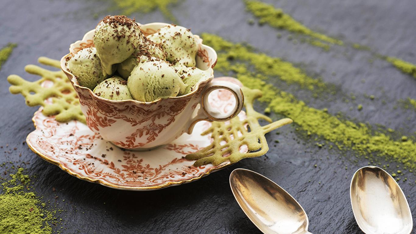 Фотографии Мороженое Пища Чашка Шарики Сладости 1366x768 Шар Еда чашке Продукты питания сладкая еда