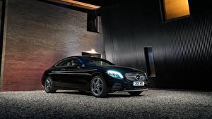 Фотография Mercedes-Benz Черный Металлик 2018 C 220 d Coupe AMG Line Авто