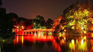 Обои Вьетнам Парки Речка Мосты Осень Деревья В ночи Hanoi Природа