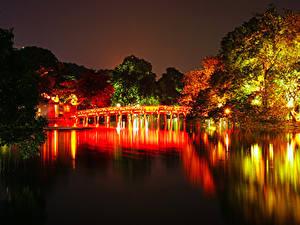 Обои Вьетнам Парки Речка Мосты Осень Деревья Ночные Hanoi Природа