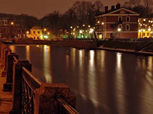 Фотография Россия Санкт-Петербург Дома Водный канал Забора Уличные фонари Ночь Города