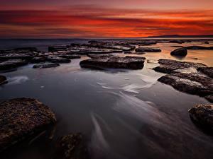 Обои для рабочего стола Болгария Рассветы и закаты Берег Камень Природа