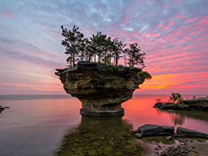 Фото США Рассветы и закаты Маяки Камни Заливы Дерева Pointe aux Barques Michigan